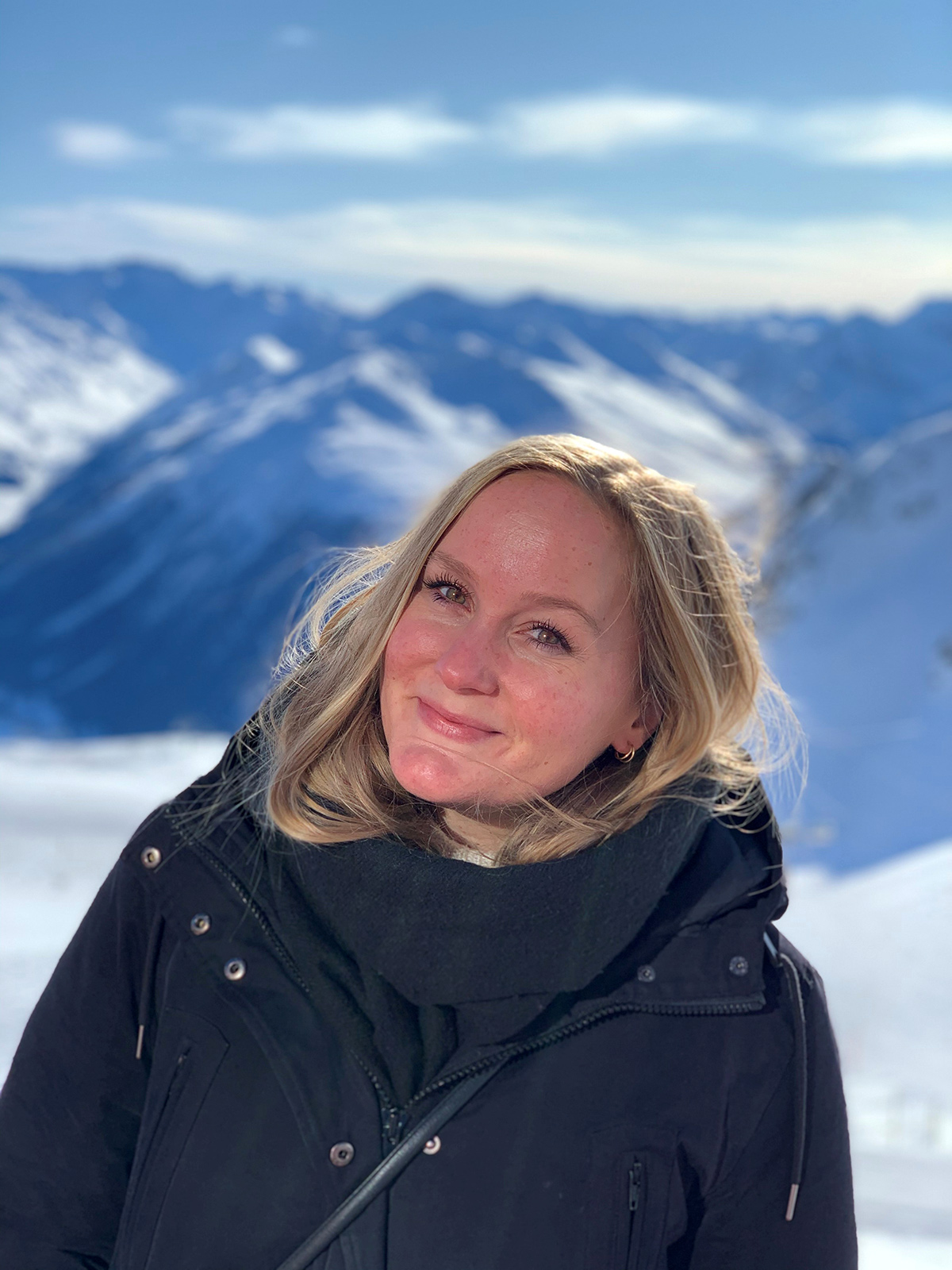 Hanne T. Berli in front of mountains